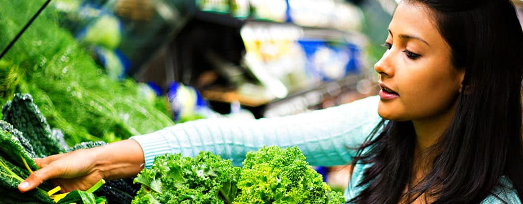 Mediterranean Diet Reduces Risk of Deadliest Breast Cancer by 40 Percent