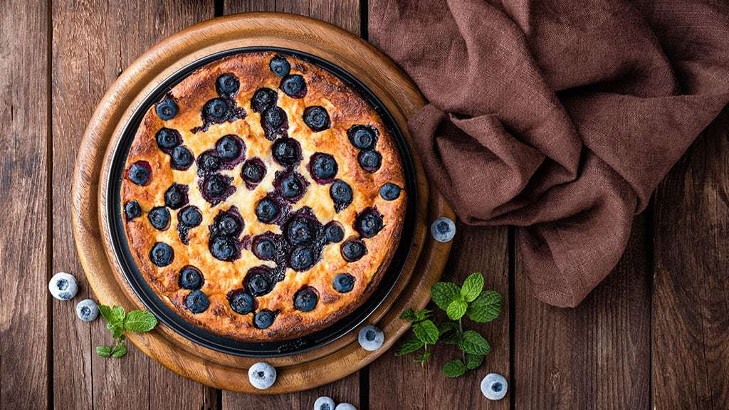 making blueberry cake with best olive oil