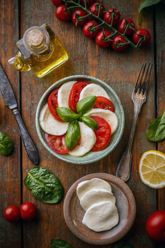 healthy diet with high phenolic olive oil